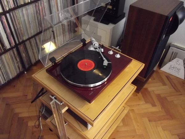 Müzik meraklılarının eskimeyen yeni tercihi: Plaklar 63