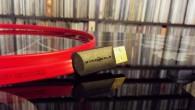 """Bu kırmızı kablo çok tanıdık. Uzun zamandır pazarda olan kablo hem ülkemizde hemde dünyada USB kablosunun öneminin farkına varan kitleler tarafından çok seviliyor. Yanlış hatırlamıyorsam """"haberler"""" bölümünde ilk yazdığımız USB kablosu. O dönemlerde kafamızda USB kablo acaba etkili midir diye düşünürken bize etkisini kanıtlayan ilk ürünlerden bir tanesi. Amerikalı Wire […]"""