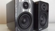 Sizlere geçtiğimiz günlerde İngiliz Steljes Audio firmasının NS1 modeli aktif hoparlörlerinden bahsetmiştim. Bu yazımda ise daha büyük ve daha fazla özellik ile donatılmış NS3 modeline göz atacağız. Ürünlerin fotoğraflarına baktığınızda hemen hemen benzer tasarım çizgilerine sahip olsa da, büyüyen mid/bas sürücü, büyüyen kabin ve ek özellikler sayesindeNS1modeline göre oldukça farklı […]