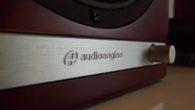 AudioEngine firmasının yeni hoparlörleri HD6, Türkiye'ye gelir gelmez hemen bir çiftini Stereo Mecmuası karargahında buldum. Yeni HD6 modeli firmanın onuncu kuruluş yıldönümü için üretilmiş bir aktif hoparlör sistemi. Geçmişten bugüne üretilmiş tümAudioEngine hoparlörleri denemiş ve kullanmış bir insan olarak bu yeni hoparlörler, firmanın daha önce üretilmiş olduğu hiçbir hoparlöre benzemiyor. […]
