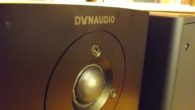 Stereo Mecmuası'nda seneler sonra yeniden Dynaudio ürünlerini konuk etmeye başladık. Her ne kadar yazı anlamında size Dynaudio ürünlerinin incelemelerini uzun zaman boyunca sunamamış olsak bile, çeşitli platformlarda Dynaudio hoparlörler konusunda yazıp çizmişliğim boldur. Şahsım adına markanın hifi dünyası için özel bir yeri olduğunu düşünüyorum. Yakın zamanlarda Dynaudio'nun temsilciliği Select Hifi […]