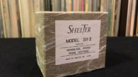 """Bu yazımızda Shelter firmasının """"Model 301 Mk. II"""" iğnesini inceleyeceğim. Bana sorarsanız Shelter iğnelerin dünyasına gerçek anlamda giriş """"301"""" modeli ile oluyor. Daha önce firmanın """"201"""" modeli MM iğnesini incelemiştik. Bu yazıda ise MC dünyasına giriyoruz. Firmayı kısaca yeniden tanıyalım. Özellikle de iğneler konusunda uzmanlaşmış olan Shelter 1986 yılında Japonya'da […]"""